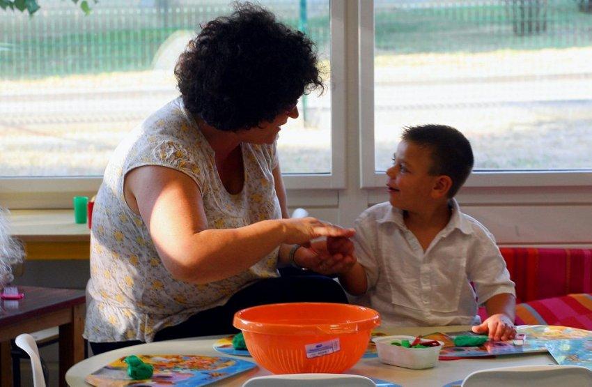 Quel parcours scolaire pour les jeunes handicapés : inclusion scolaire ou éducation spéciale ?